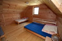 ZDJĘCIE: Pokoje w domku letniskowym
