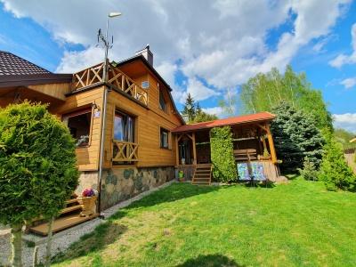 Dom nad jeziorem u Kasi